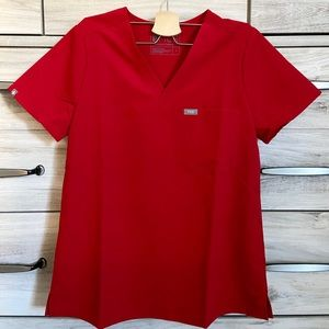NWT FIGS CATARINA LIMITED EDITION RED SCRUB TOP